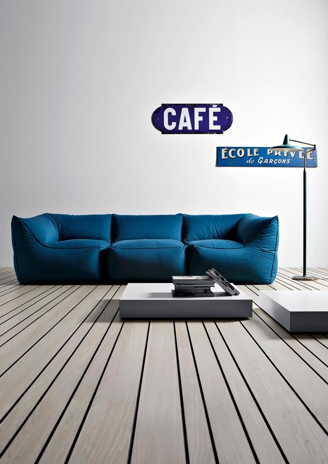 blue sofa living room decor 9 Modern sofas for the perfect living room decor blue sofa