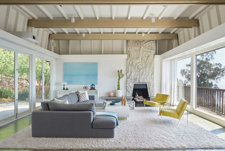 Living Room Inspiration: Mid-Century Modern Home in Berkeley Hills living room Living Room Inspiration: Mid-Century Modern Home in Berkeley Hills Mid Century Modern Residence YamaMar Design 01 1 Kindesign
