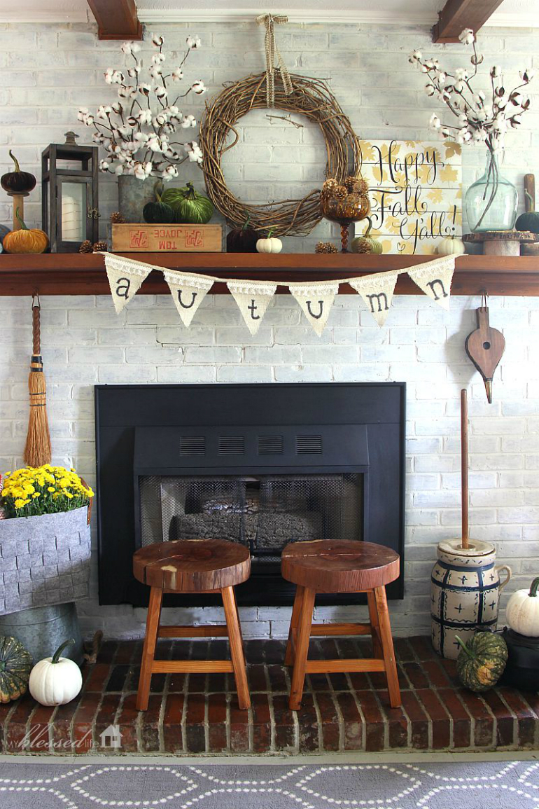 Welcome Fall into Your LivingRoom by Bringing the Outdoor In living room Welcome Fall into Your Living Room by Bringing the Outdoor In stick wreath