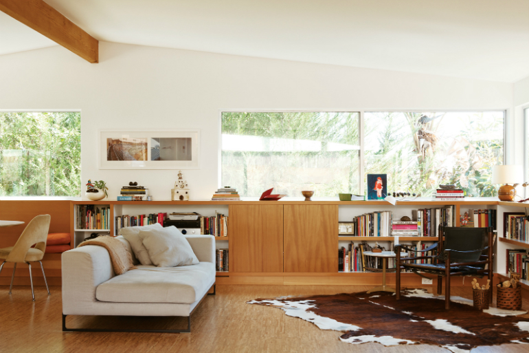 The Best Mid-Century and Contemporary Sofas for Your LivingRoom