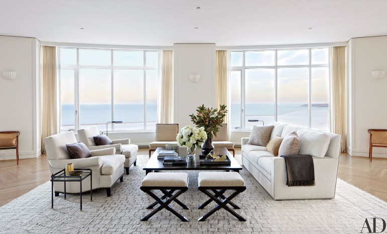Fall in Love with These Luxury White Living Rooms luxury white living rooms Fall in Love with These Luxury White Living Rooms Fall in Love with These Luxury White Living Rooms 10