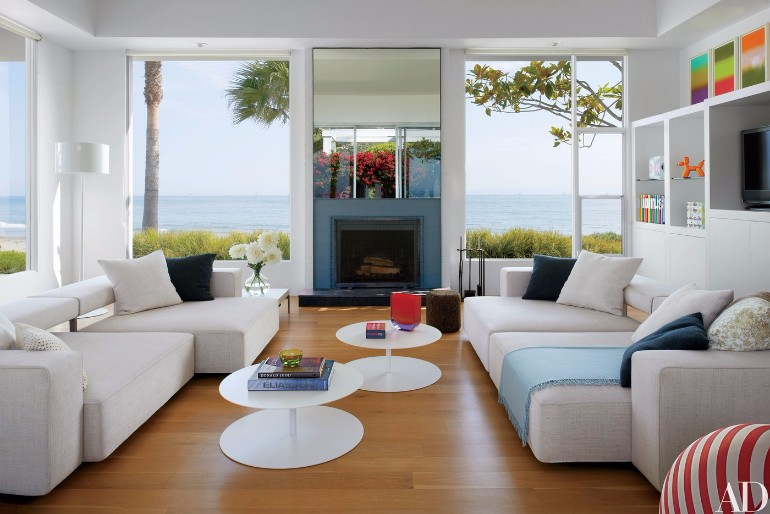 Fall in Love with These Luxury White Living Rooms luxury white living rooms Fall in Love with These Luxury White Living Rooms Fall in Love with These Luxury White Living Rooms 6