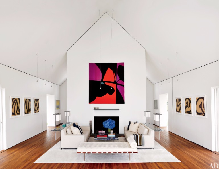 Fall in Love with These Luxury White Living Rooms luxury white living rooms Fall in Love with These Luxury White Living Rooms Fall in Love with These Luxury White Living Rooms 9