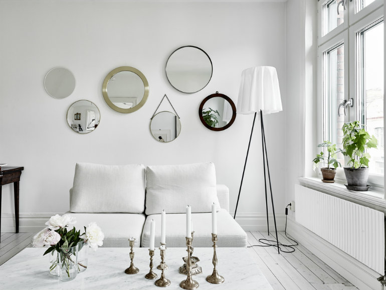 How to Save Space in a Small Living Room 6 small living room How to Save Space in a Small Living Room How to Save Space in a Small Living Room 6