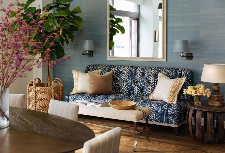 living room inspiration Living Room Inspiration: Manhattan Apartment Filled with Pattern Living Room Inspiration Manhattan Apartment Filled with Pattern 4
