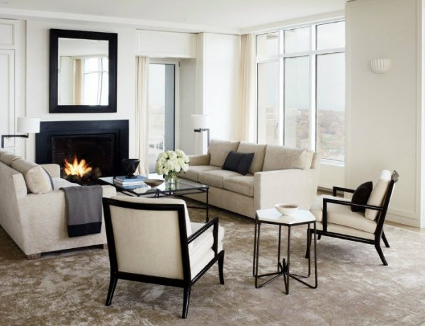 Living Room Inspiration Milwaukee Residence with Sparkling Views 15