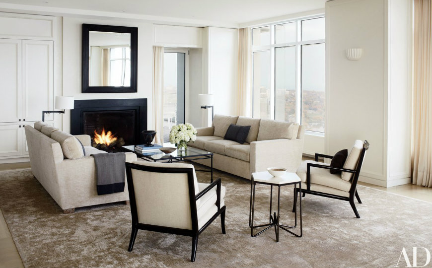 Living Room Inspiration: Milwaukee Residence with Sparkling Views