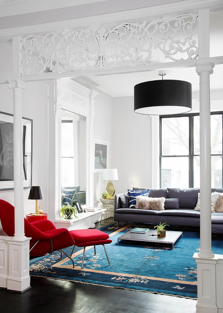 10 Gorgeous Red Accent Living Rooms