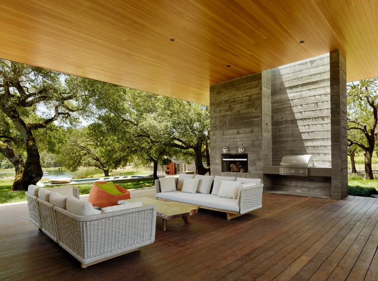 California Country Home Features An Outdoor Living Room (6) outdoor living room California Country Home Features An Outdoor Living Room California Country Home Features An Outdoor Living Room 6