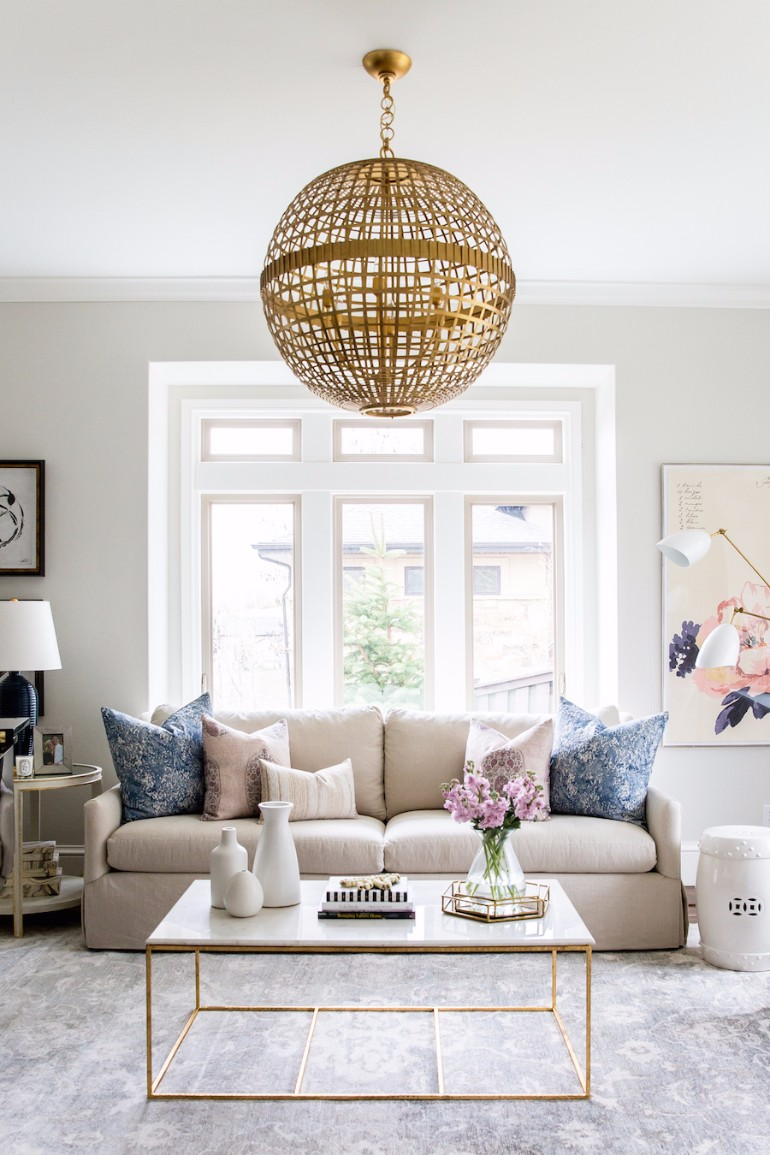 Best Ways To Style In Your Living Room coffee table Best Ways To Style A Coffee Table In Your Living Room Best Ways To Style A Coffee Table In Your Living Room6