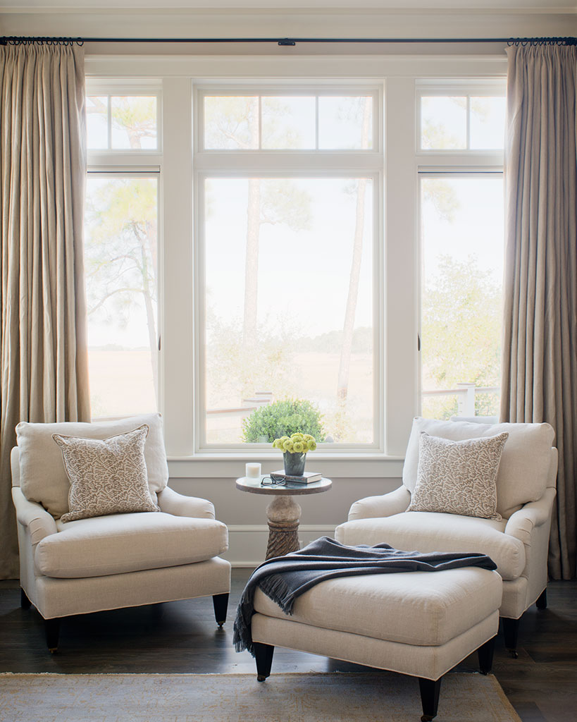 Design ideas for living room windows - Living room with bay window ...