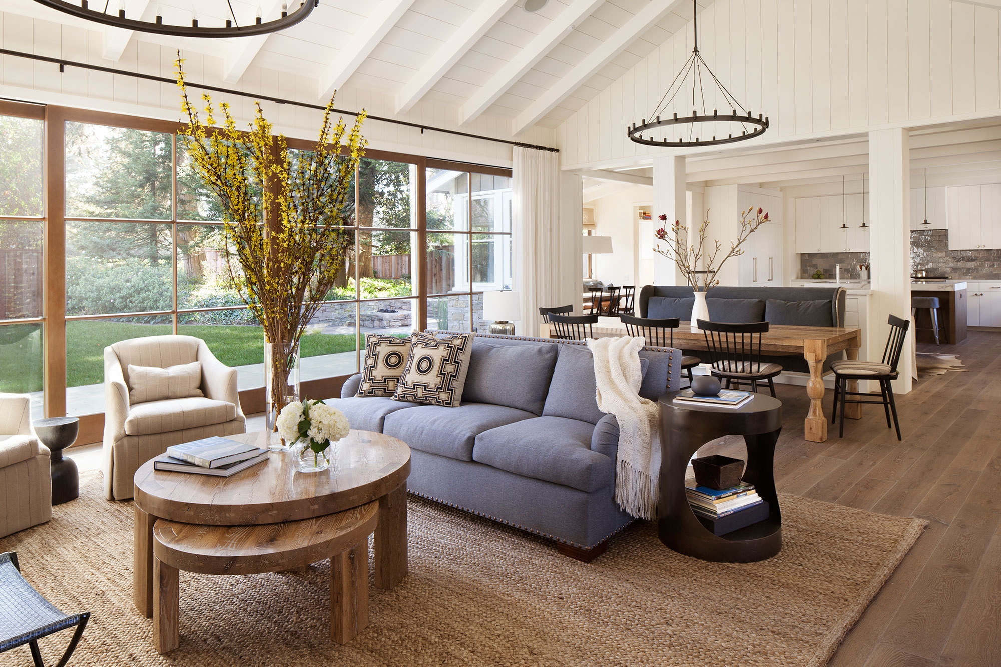 A Lake House Living Room living room A Lake House Living Room A Lake House Living Room11