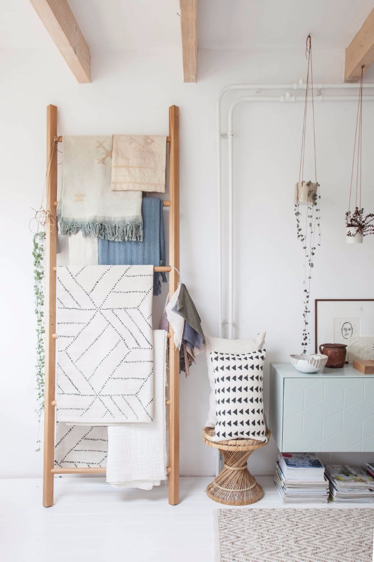 Ways To Style A Ladder Blanket Rack In Your living room 8 Ways To Style A Ladder Blanket Rack In Your Living Room Ways To Style A Ladder Blanket Rack In Your Living Room 5