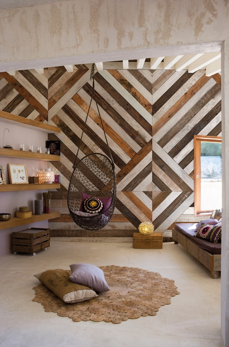 Geometry As a Main Element of Your Living Room
