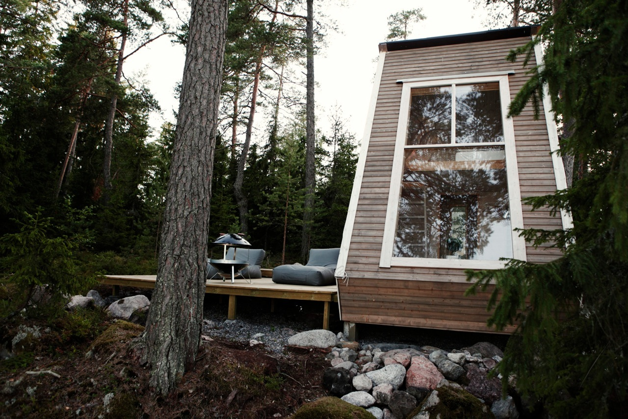 A Tiny House with a Minimalist Living Room in the Heart of Finland minimalist living room A Tiny House with a Minimalist Living Room in the Heart of Finland Nido A Tiny House that Makes the Best of Eco Design 5