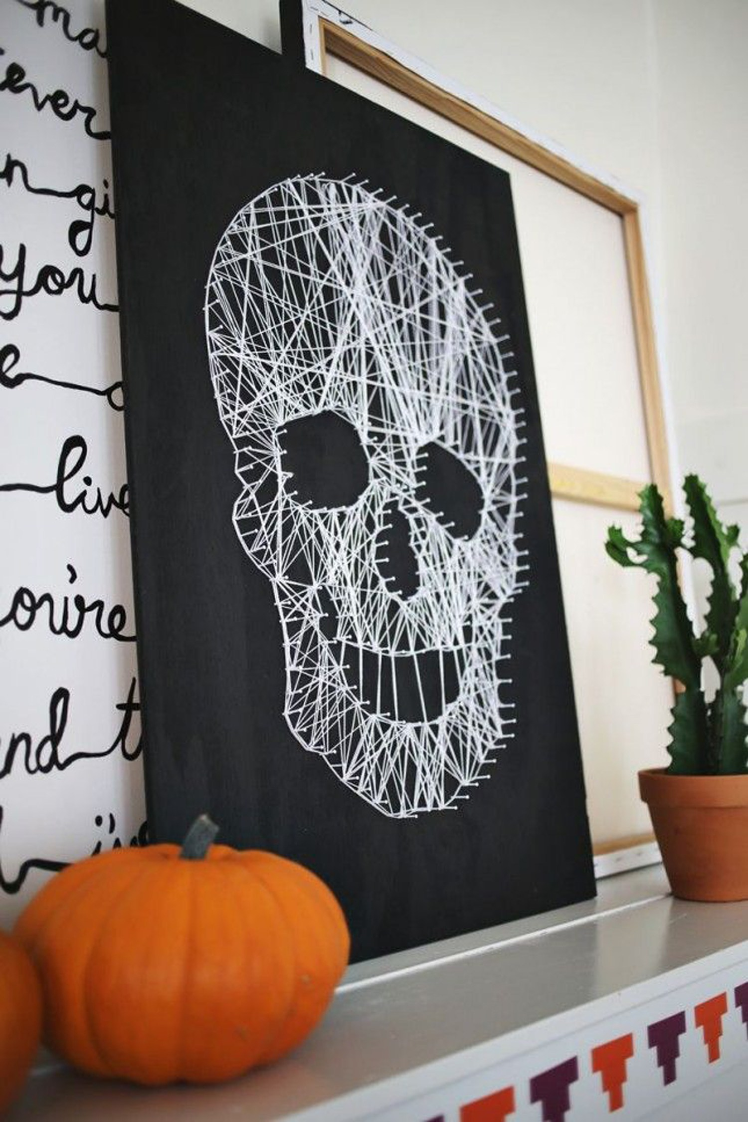The Halloween Decor Tips Your Living Room Was Waiting For halloween decor The Halloween Decor Ideas Your Living Room Was Waiting For The Halloween Decor Tips Your Living Room Was Waiting For 6