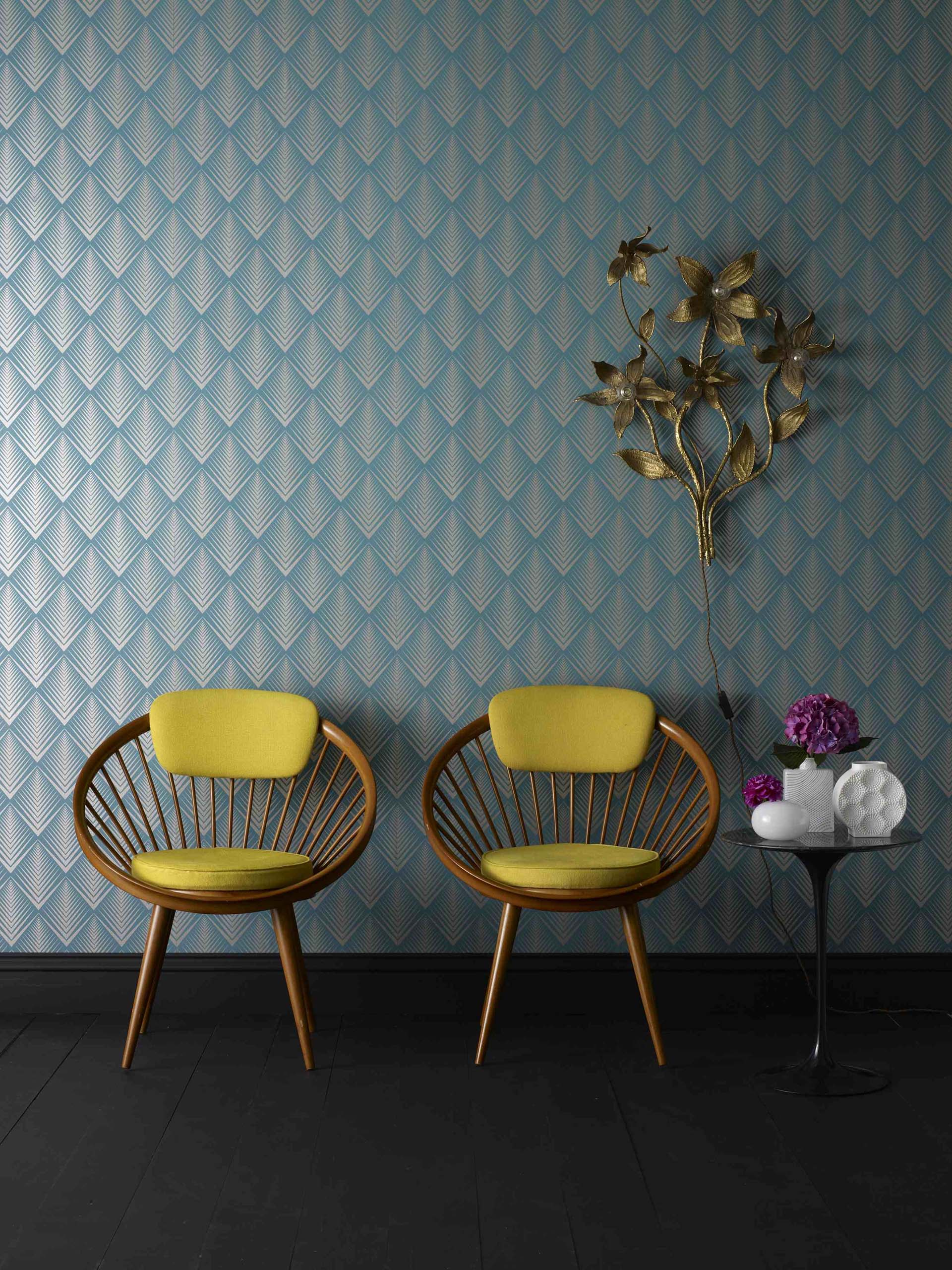 Take 7 Minutes to Understand Why Your Home Needs Removable Wallpapers removable wallpapers Take 7 Minutes to Understand Why Your Home Needs Removable Wallpapers Time to Give a New Look to Your Home Bar W These Retro Wallpapers 4