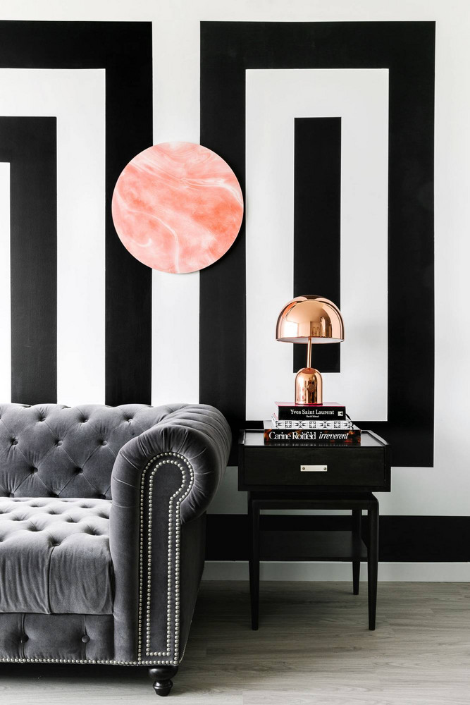 8 Black Living Rooms Where We Wouldn't Mind Taking a Nap_1 black living rooms 8 Black Living Rooms Where We Wouldn't Mind Taking a Nap 8 Black Living Rooms Where We Wouldnt Mind Taking a Nap 5