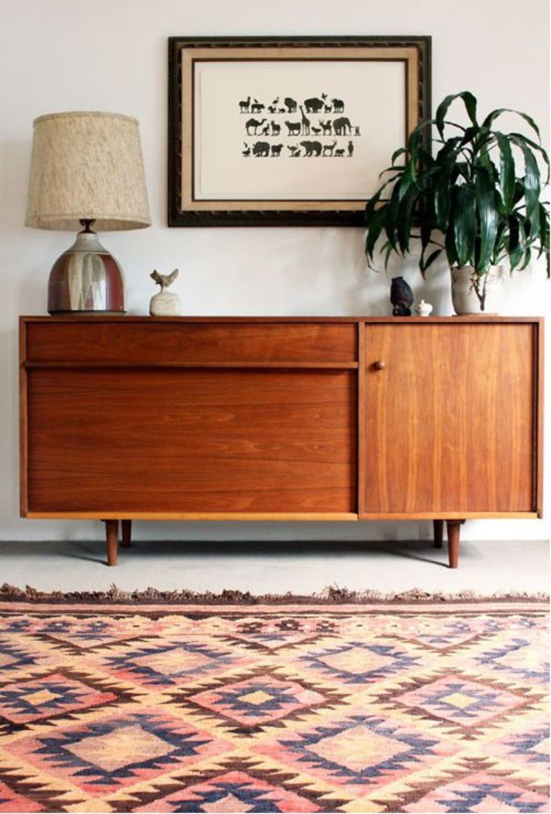 mid-century modern rugs, mid-century modern house, living room inspiration, mid-century modern homes, vintage living room mid-century modern rugs 8 Mid-Century Modern Rugs Your Living Room Needs 8 Mid Century Modern Rugs Your Living Room Needs 4