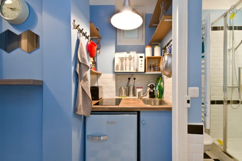 Across The Globe: A Small Colorful Apartment In Paris You Need To See across the globe Across The Globe: A Small Colorful Apartment In Paris You Need To See Across The Globe A Small Colorful Apartment In Paris You Need To See 8
