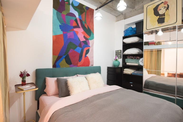 Across The Globe: Experience The Typical LA Lifestyle In This Amazing Loft across the globe Across The Globe: Experience The LA Lifestyle In This Amazing Loft Across The Globe Experience The Typical LA Lifestyle In This Amazing Loft 7