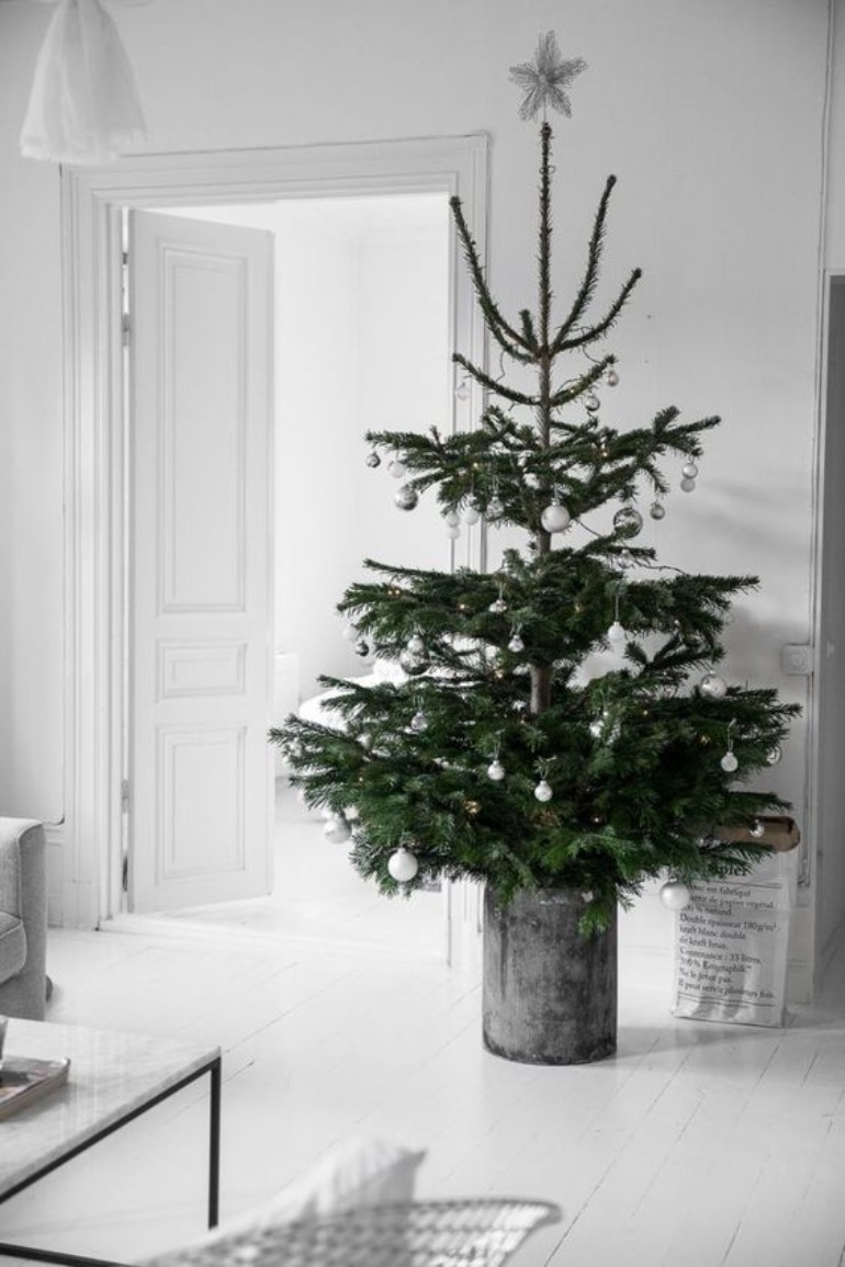 Scandinavian Christmas Decor For Your Living Room That You Can't Miss scandinavian christmas decor Scandinavian Christmas Decor For Your Living Room That You Can't Miss WhatsApp Image 2018 10 22 at 12