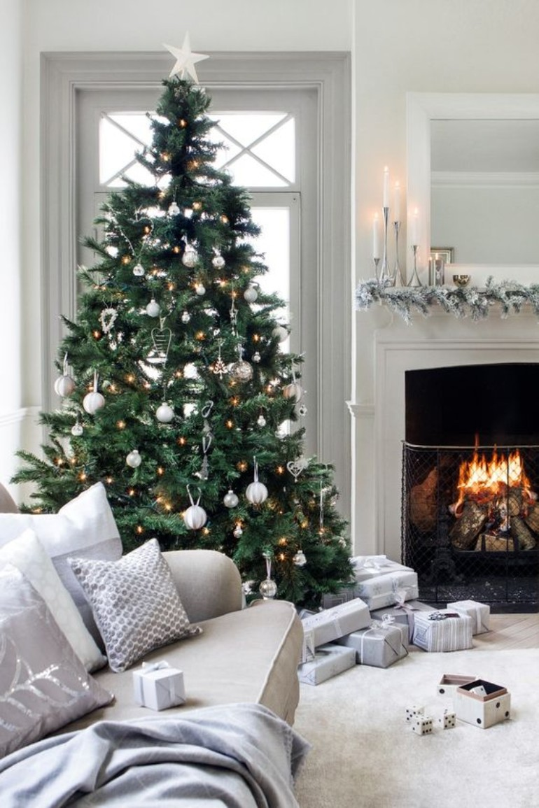 Christmas Essentials For Your Living Room Decor This Winter! living room decor Christmas Essentials For Your Living Room Decor This Winter! Christmas Essentials For Your Living Room Decor This Winter 6