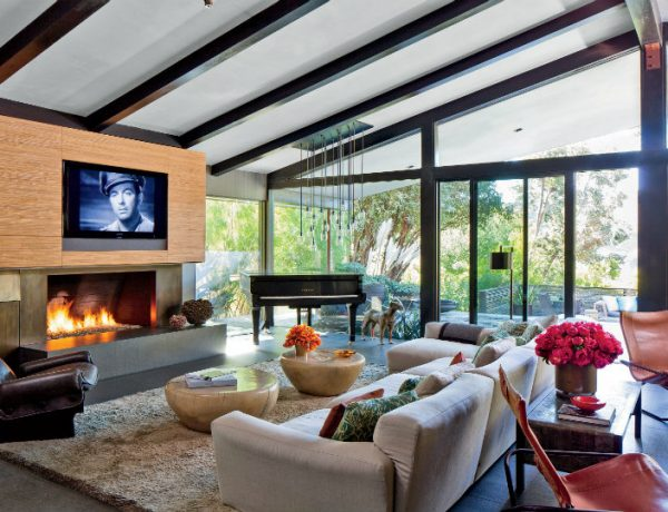 luxury living room The Best Luxury Living Room Designs from Our Favorite Celebrities The Best Luxury Living Room Designs from Our Favorite Celebrities FEAT 600x460