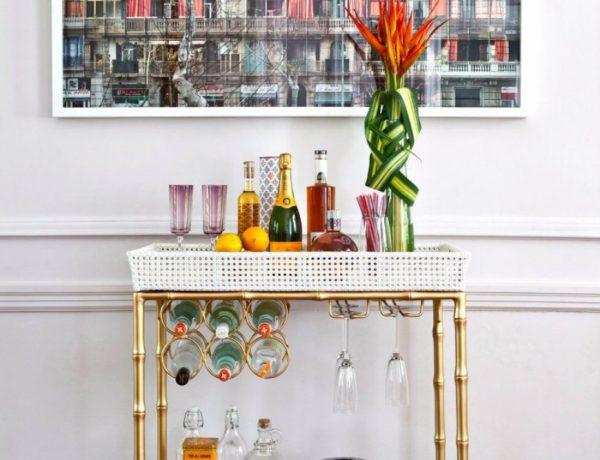 living room Home Bar Design Ideas For a Stylish Modern Living Room CAPA 2 600x460