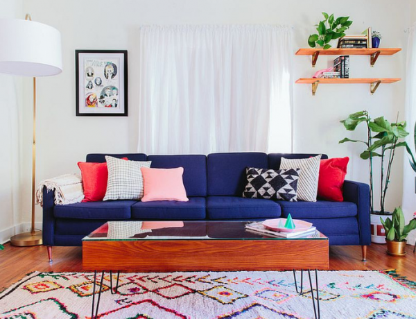 5 Ways To Use a Colorful Sofa In Your Living Room