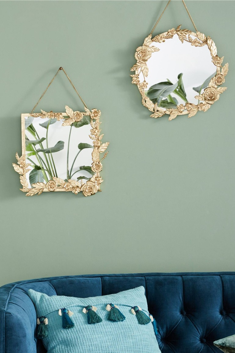 Ornate Mirrors To Give Your Living Room Decor A Well-Earned Bling! ornate mirrors Ornate Mirrors To Give Your Living Room Decor A Well-Earned Bling! Ornate Mirrors To Give Your Living Room Decor A Well Earned Bling 1