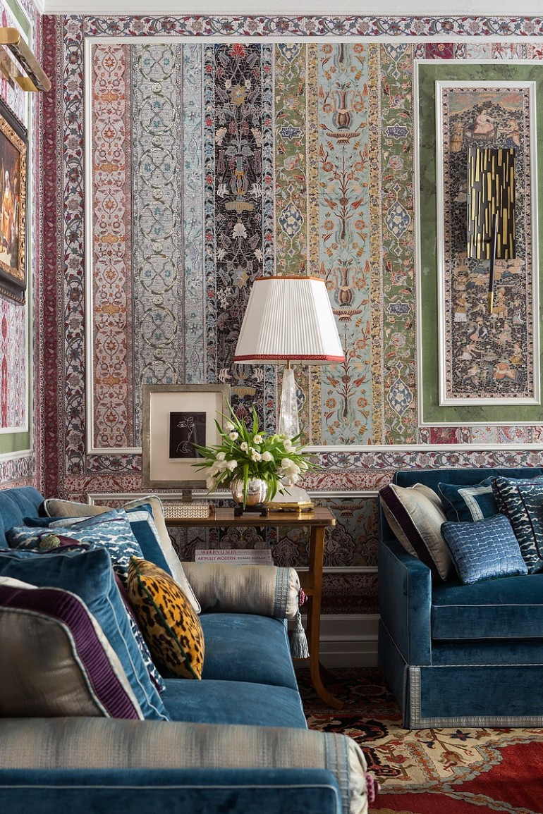 A Maximalist Living Room With All The Right Trends maximalist living room A Maximalist Living Room With All The Right Trends A Maximalist Living Room With All The Right Trends 3