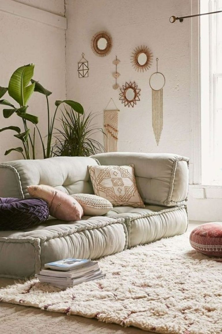 Into Boho Style? We'll Show You 8 Boho Living Rooms To Replicate boho living rooms Into Boho Style? We'll Show You 8 Boho Living Rooms To Replicate a38ff4dae0eba499b4c2b515fe2718d6 1