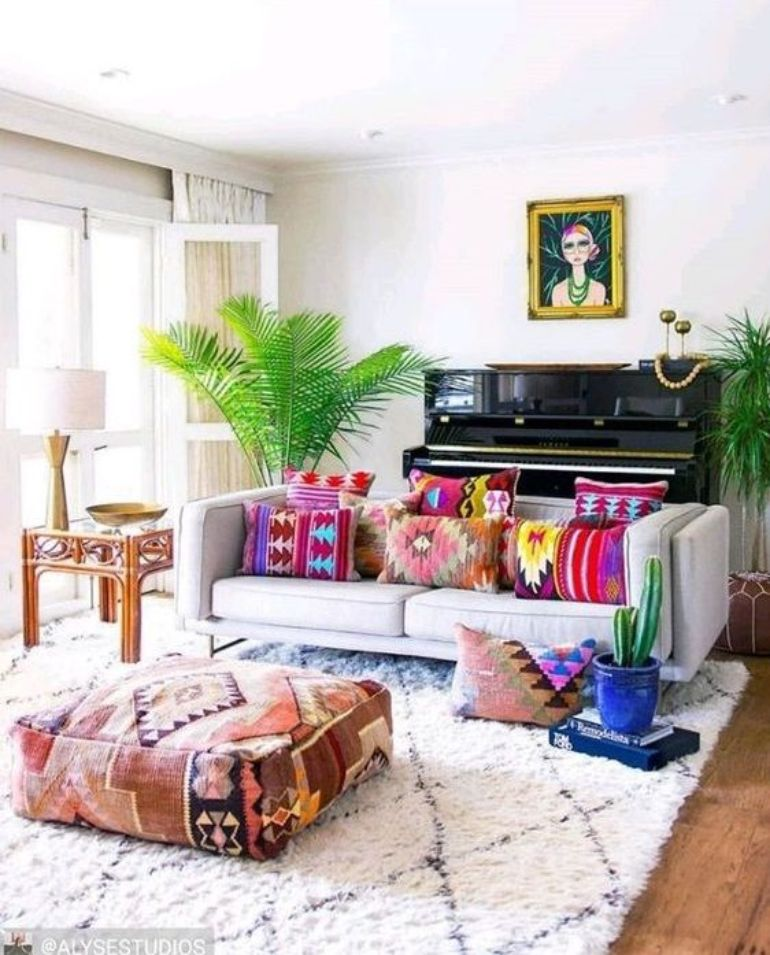 Into Boho Style? We'll Show You 8 Boho Living Rooms To Replicate boho living rooms Into Boho Style? We'll Show You 8 Boho Living Rooms To Replicate c4dfbc06ac0e496b4383bfa332dfe6fe 1