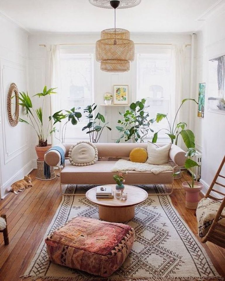 Into Boho Style? We'll Show You 8 Boho Living Rooms To Replicate boho living rooms Into Boho Style? We'll Show You 8 Boho Living Rooms To Replicate cc41e6d1ec3716bb81081eb07c8673c0 1
