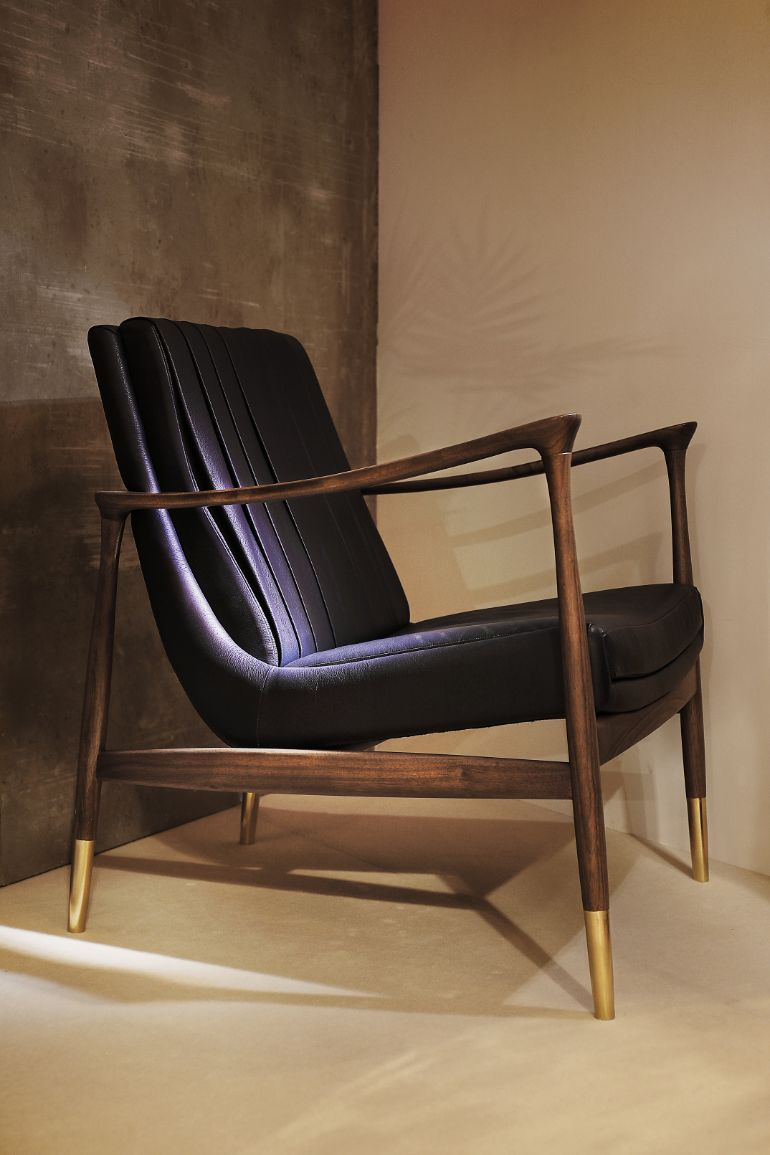 Experience The Most Sophisticated Armchairs Of The Mid-Century modern sophisticated armchairs Experience The Most Sophisticated Armchairs Of The Mid-Century Modern set 05 HR 1