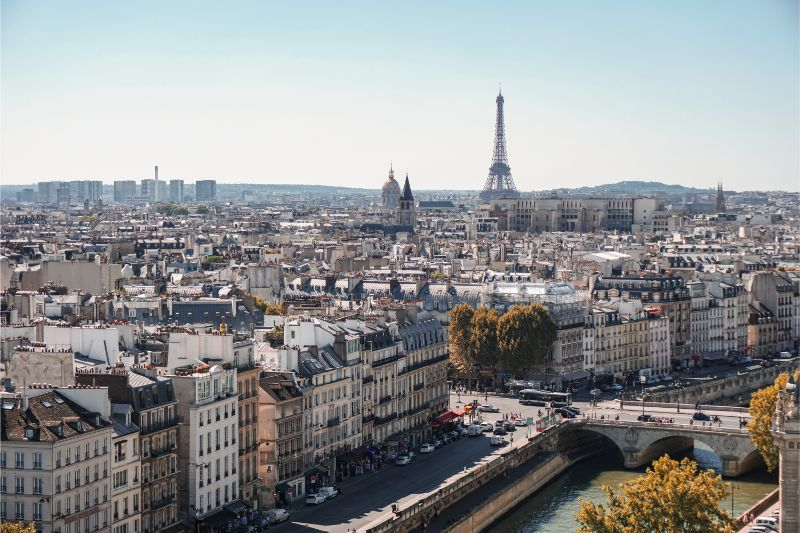 Paris City Guide: Unmissable Design Spots paris city guide Paris City Guide: Design Hotspots You Can't Miss alexander kagan t9Td0zfDTwI unsplash 1